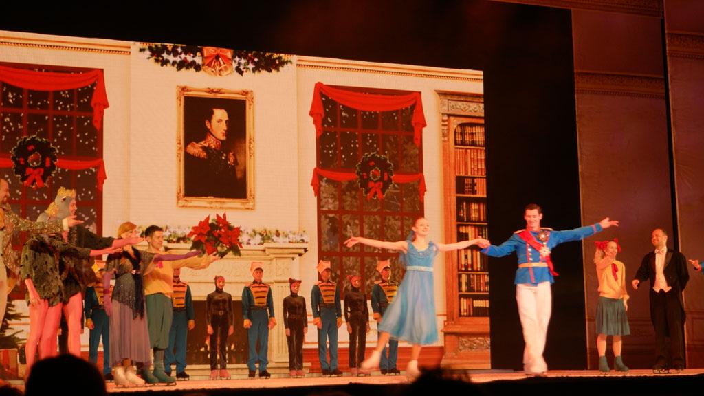 Clara en de notenkrakerpop die prins werd (foto van slotapplaus).