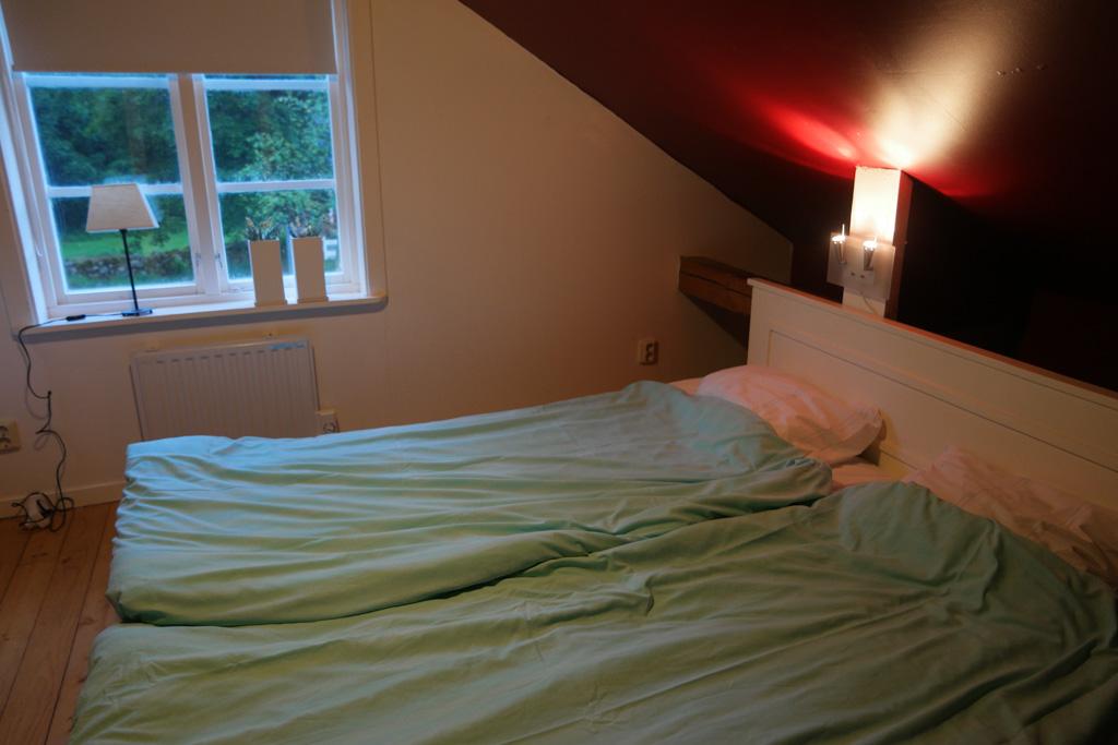 De tweepersoons slaapkamer.