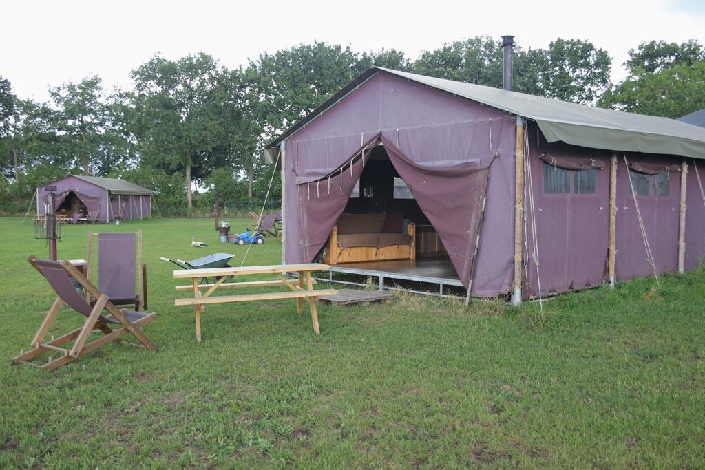 De tent bij het Betere Boerenbed.