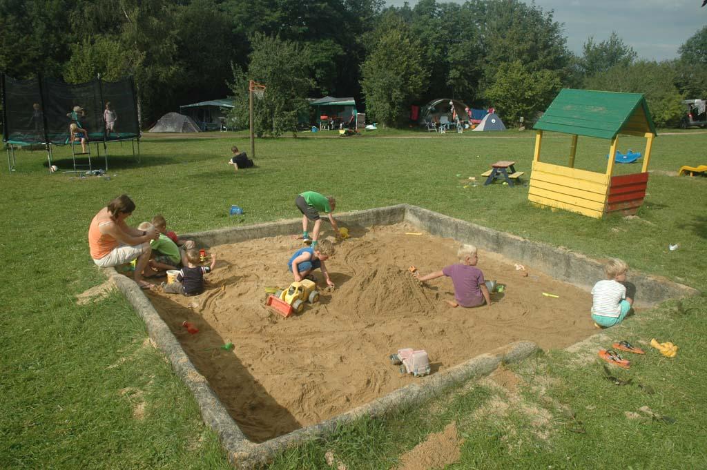 Heel veel speelruimte bij SVR camping Les Sucheres.