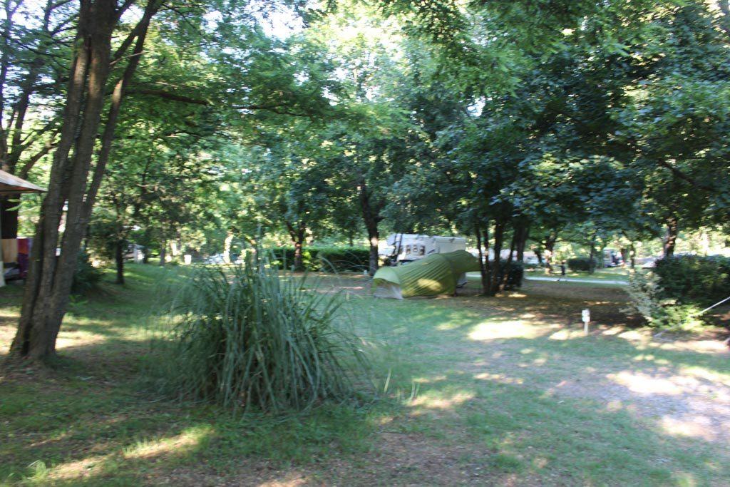 Ruime plekken voor je eigen kampeermiddelen.
