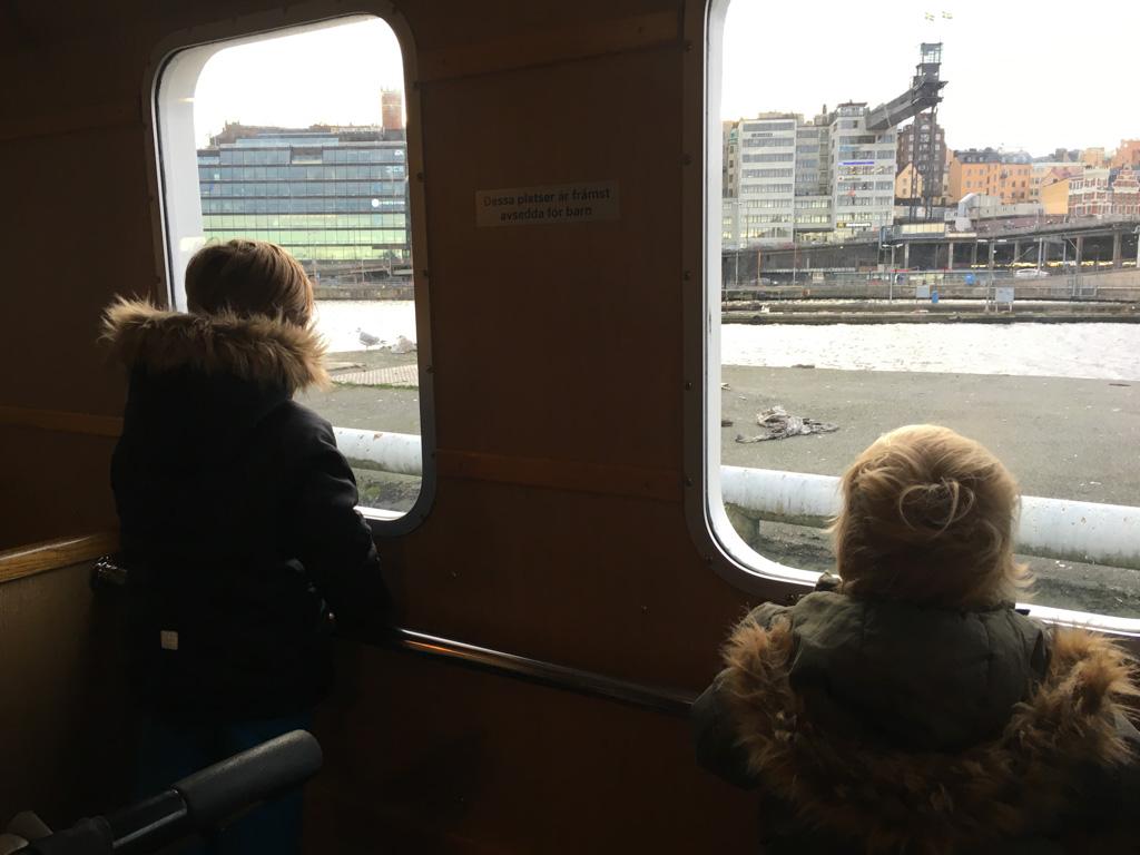 Met de ferry naar Djurgarden.