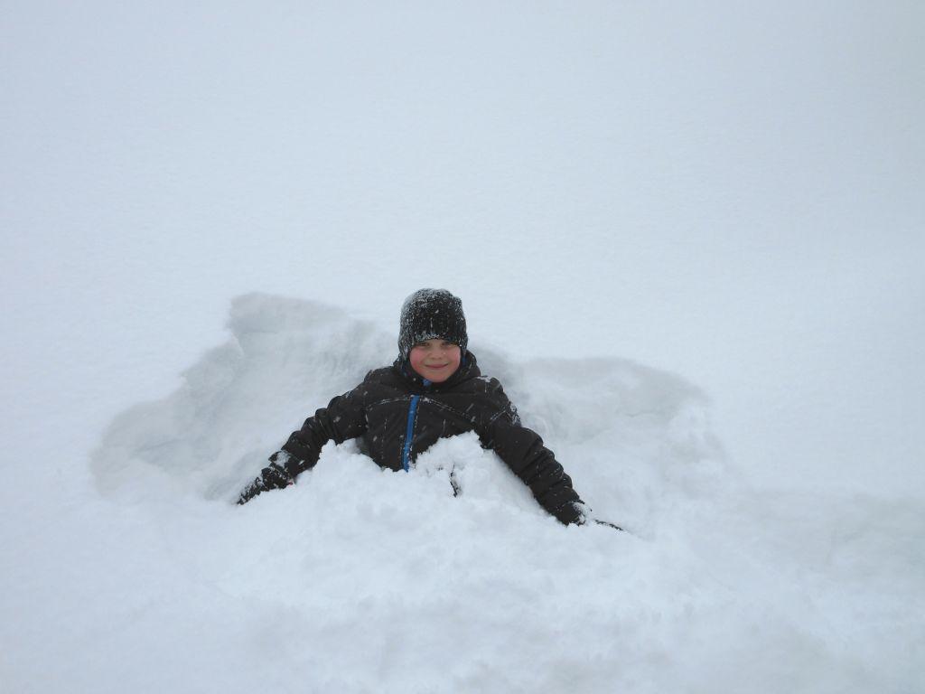 Faas kon geen genoeg krijgen van al die bergen sneeuw