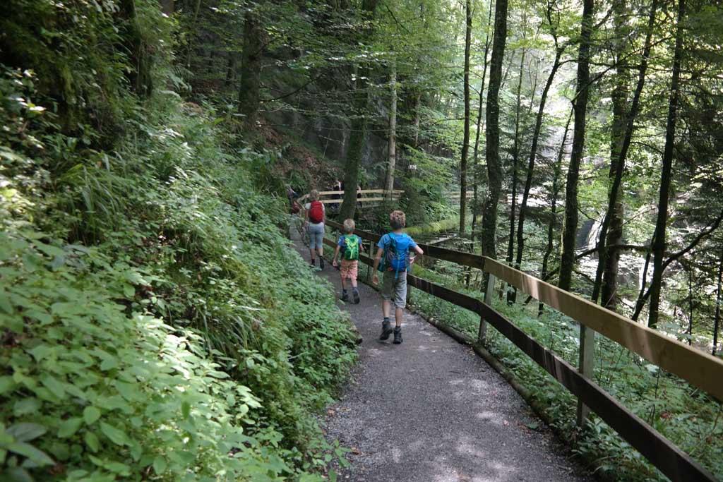 Uitje naar de Rappenlochslucht bij Dornbirn in Oostenrijk.