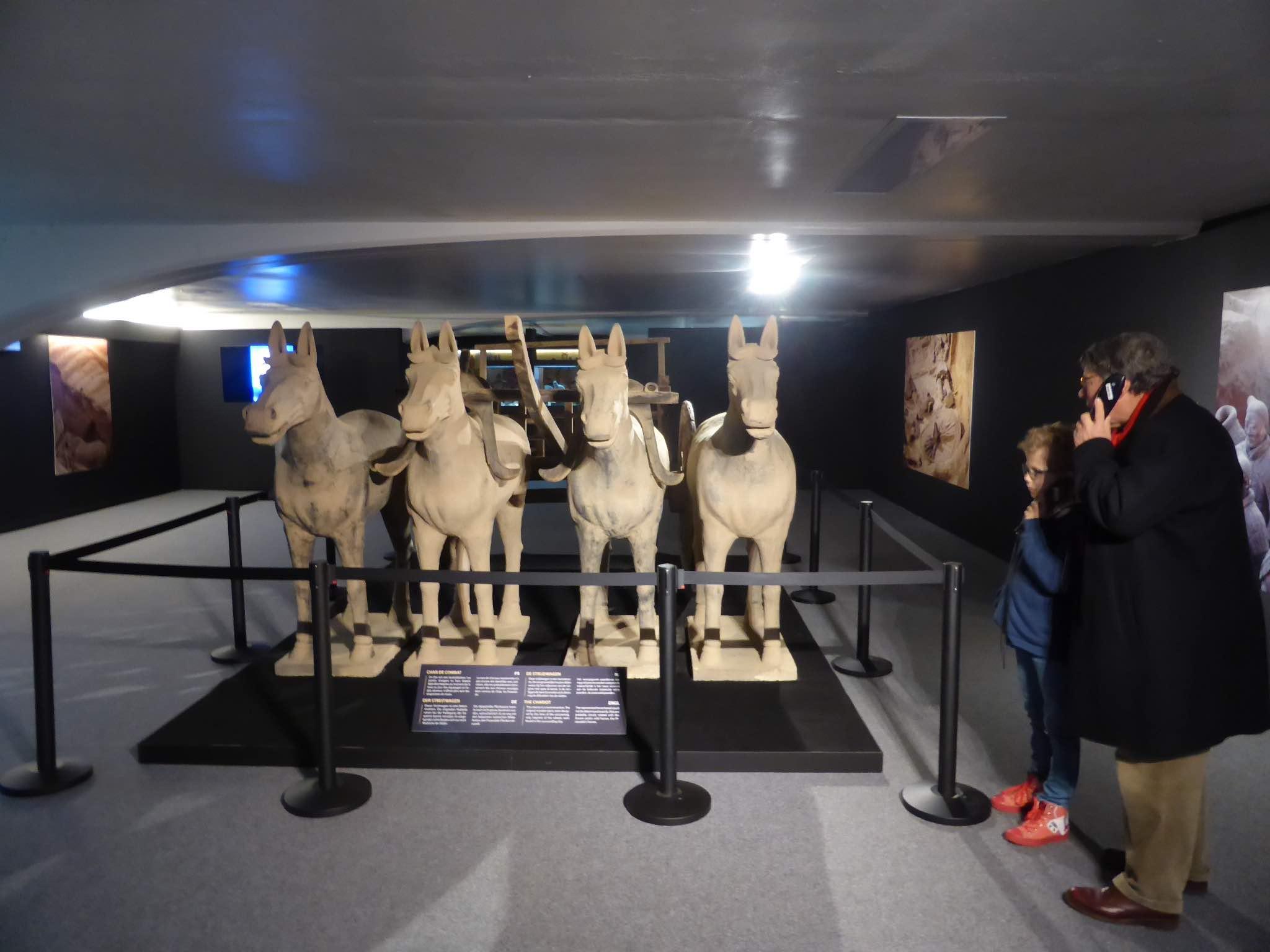 Paarden en wagens van terracotta