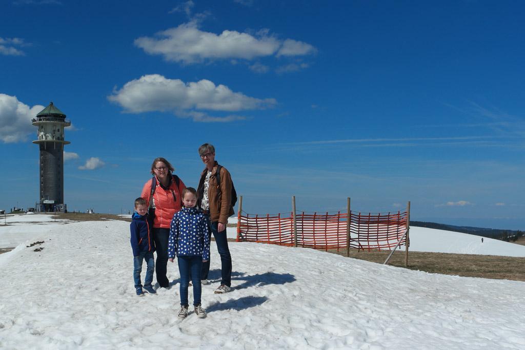 Geen wintersport met kinderen in Duitsland, maar wel in mei in de sneeuw!