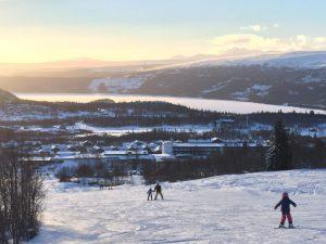 Skiën met dit uitzicht is zeker geen straf.