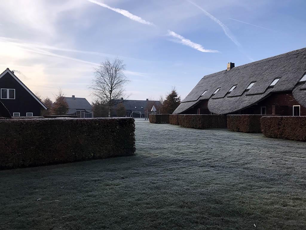 Uitzicht vanuit ons warme huisje in Hof van Saksen.