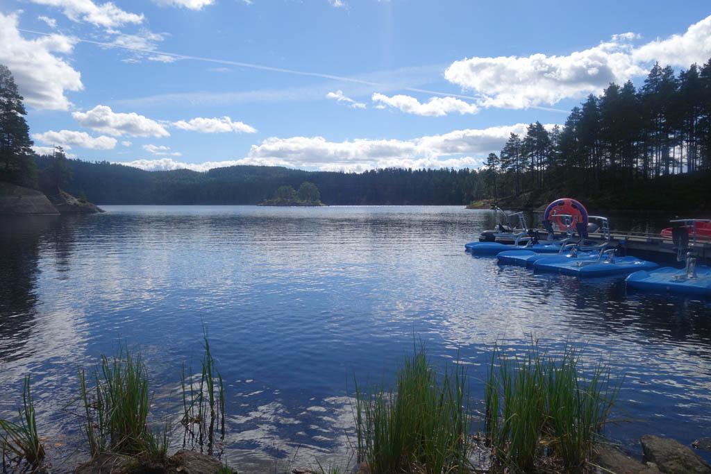 Deze omgeving vraagt toch om een tochtje met de waterfiets in Mineralparken