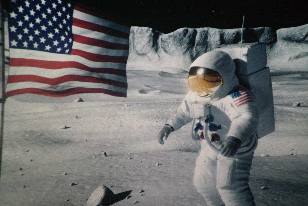 Neil Armstrong op de maan.