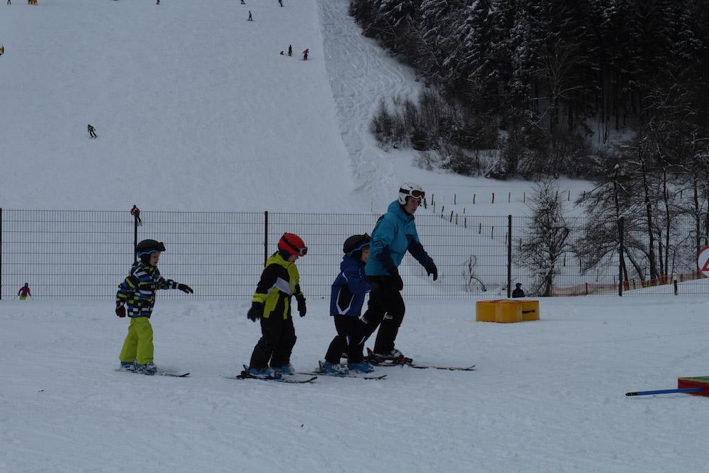 Oefenen met 1 ski.
