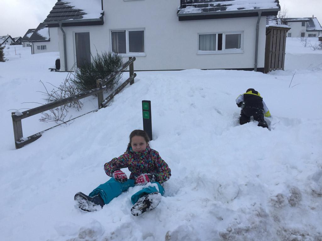 En hierom is het belangrijk dat skikleding goed aansluit... Ook als je voor het eerst op wintersport met kinderen gaat