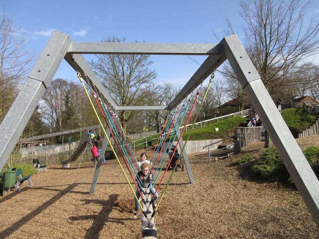 Een van de speelplekken in Dierenpark Aken