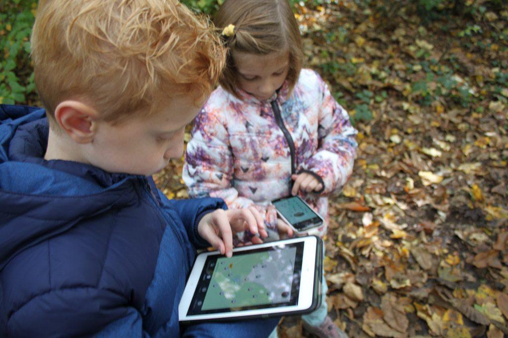 We hebben de app geïnstalleerd op de iPad en op onze telefoons.