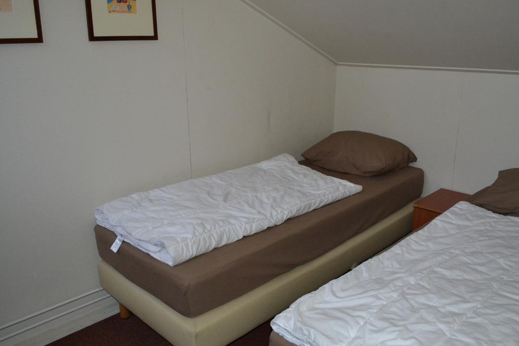Een slaapkamer boven