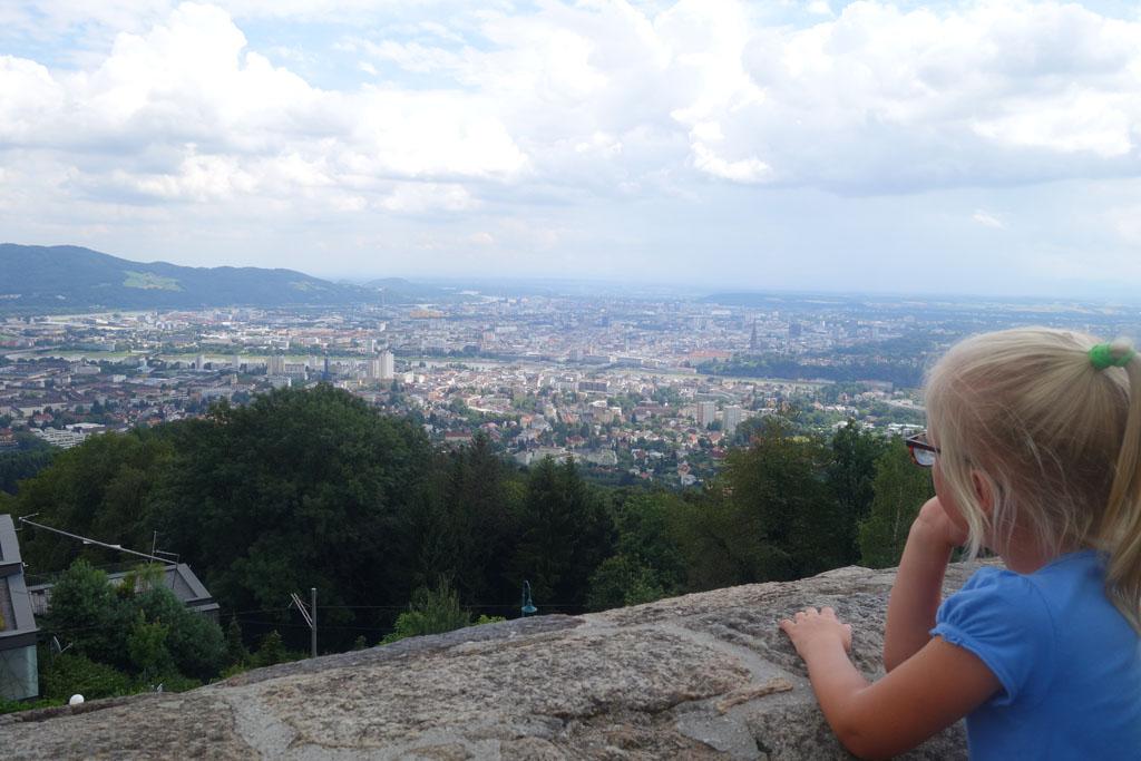Het uitzicht over Linz vanaf de Pöstlingberg.