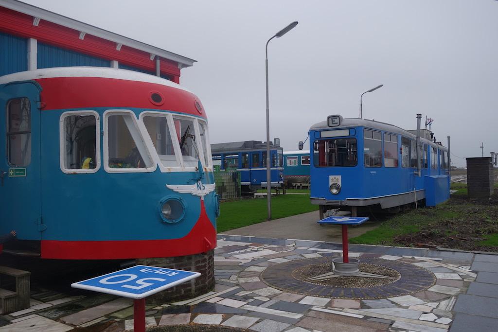 Overnachten in een echte tram. één van de 10 leuke treinuitjes in Nederland