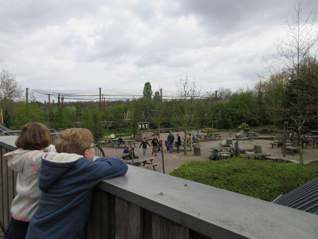 Uitzicht op een van de speeltuinen
