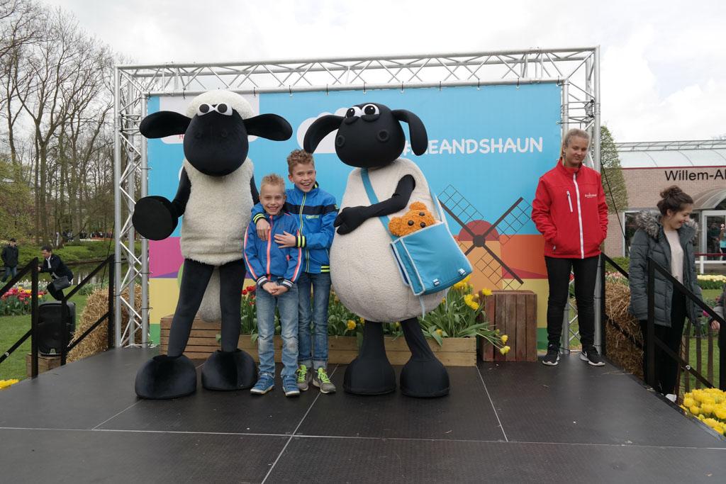 Meet and greet met Shaun the Sheep.