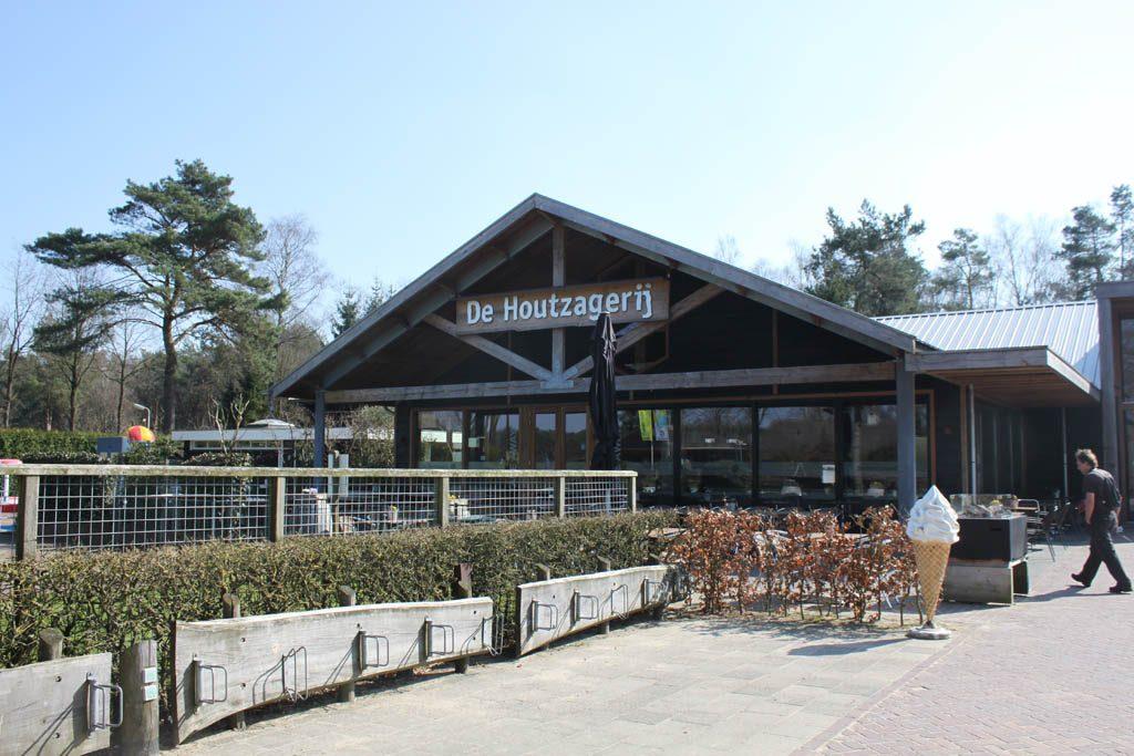 Restaurant De Houtzagerij, een fijne plek voor jong en oud.