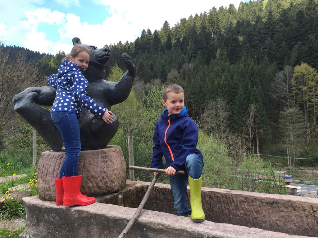 Mogen we op de foto met de beer?