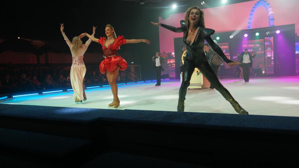 We hebben genoten van deze drie schaatssters en de hele show.