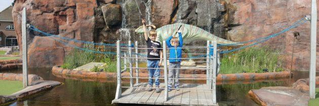 Jurassic Golf in Gouda: dino's en minigolf