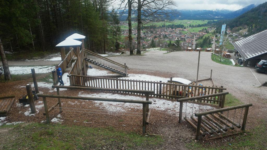 De speeltuin bij de Maxhutte.