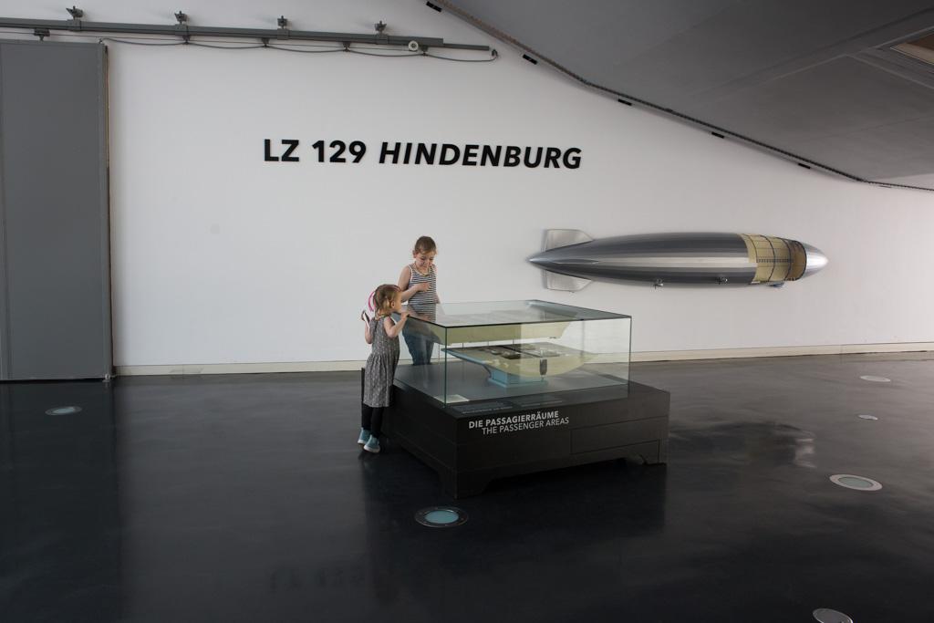 Eerste kennismaking met de Zeppelin Hindenburg.