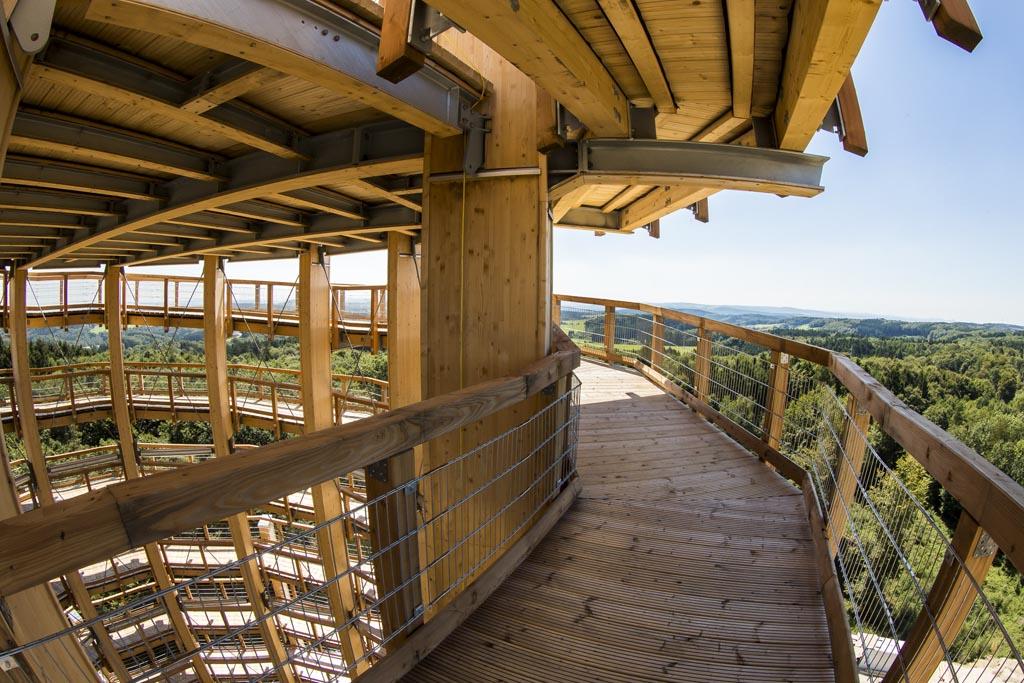 Dankzij dit soort paden zijn de meeste uitkijktorens goed begaanbaar (© DJH Rheinland e.V.).