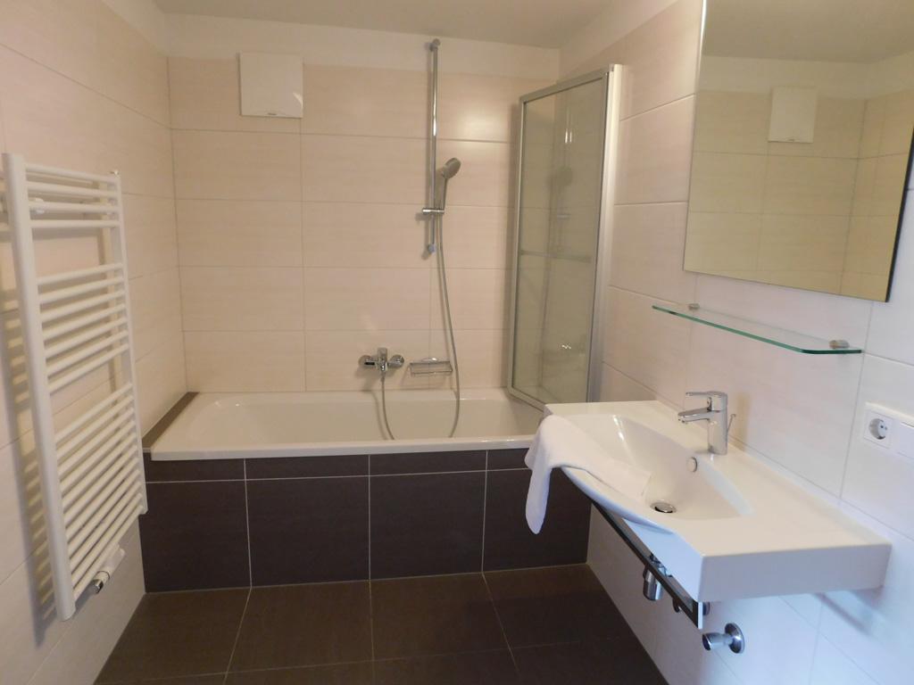 Een grote badkamer