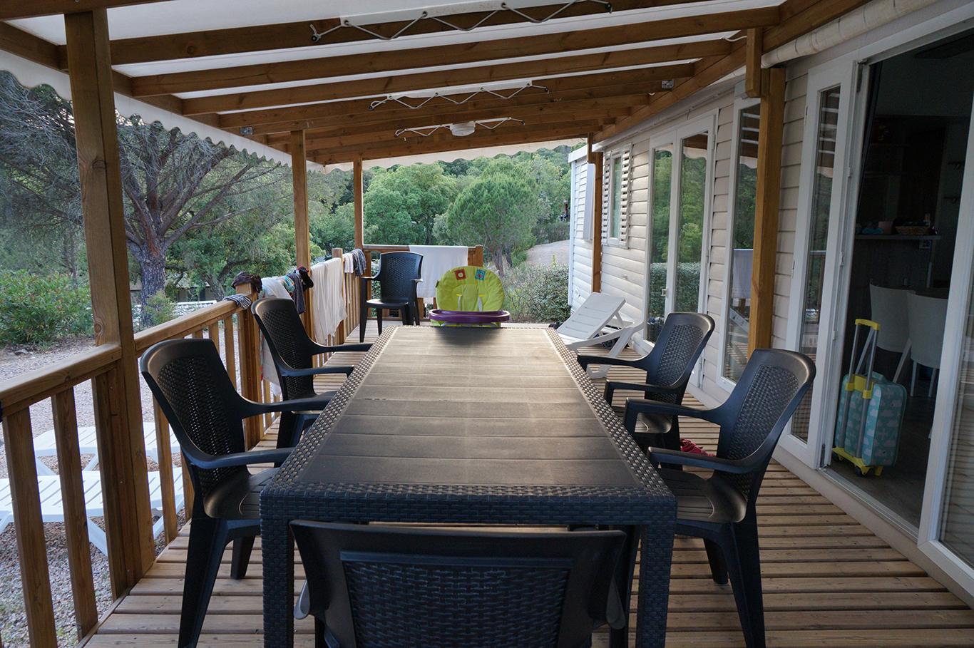 Domaine de la Bergerie_ de veranda van de mobil home