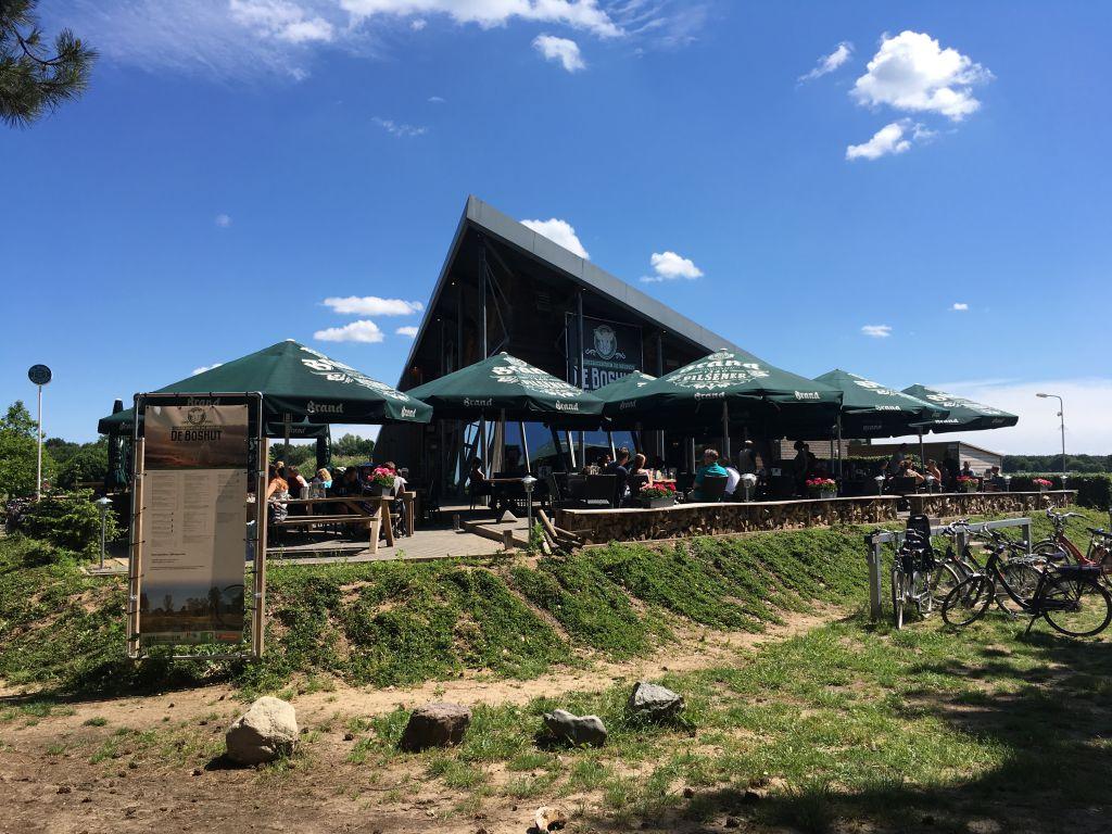 Brasserie De Boshut: een prima uitvalsbasis voor een dagje NP De Meinweg