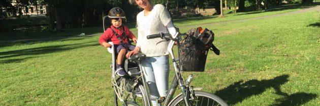 Hamax Caress achterzitje: een mooi, comfortabel en veilig fietsstoeltje