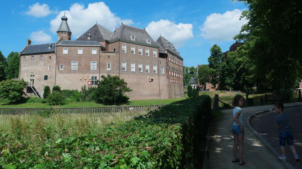 Kasteel Huis Bergh in 's Heerenberg is een plaatje om te zien.