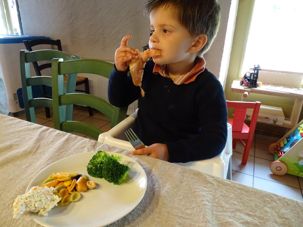 Bij Moulin des Jarasses is het ook voor de kleintjes lekker en gezond eten.
