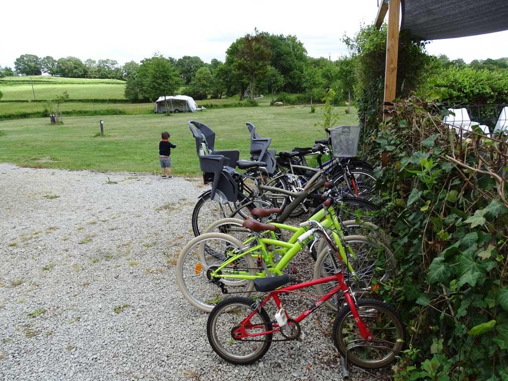 Bij Moulin des Jarasses kan je zelfs fietsen lenen om de omgeving te verkennen.