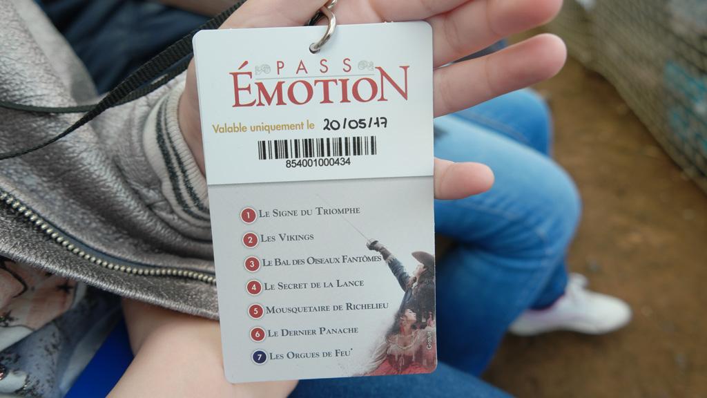 Met een Emotion Pass hoef je minder lang in de rij te staan en je hebt gegarandeerd een goede plek.