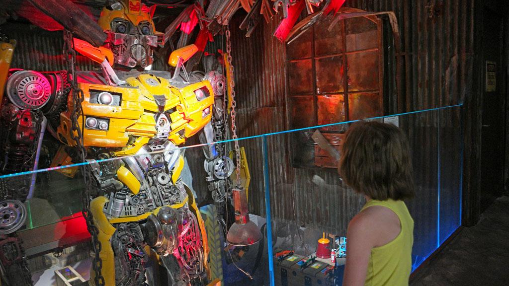 Blikvanger: deze Transformer is wel twee verdiepingen hoog!
