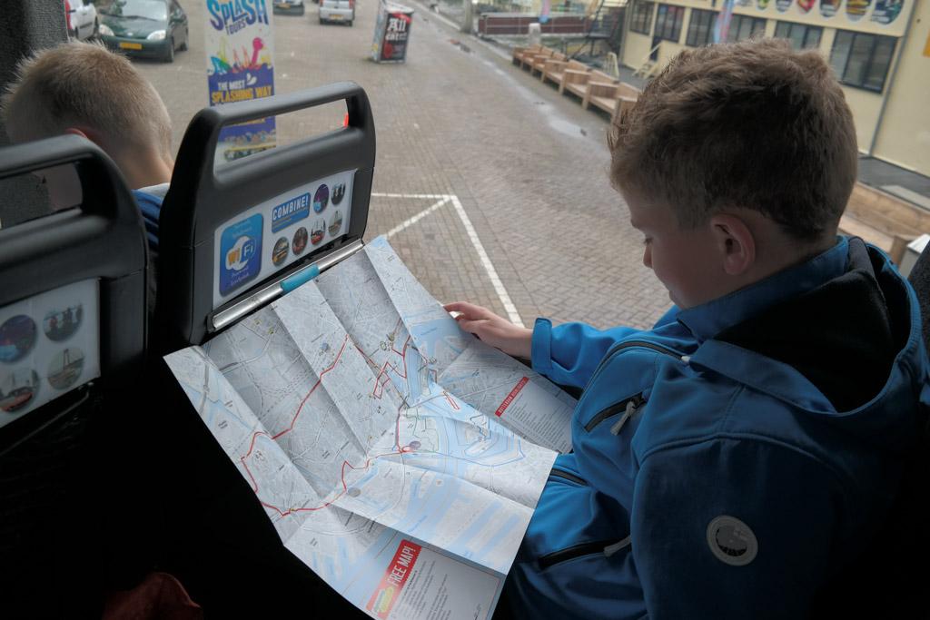 De route die we gaan rijden en varen staat op kaart.