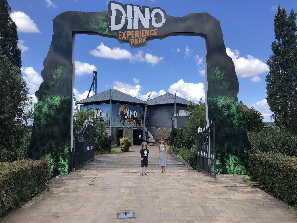 dino experience park gouda1