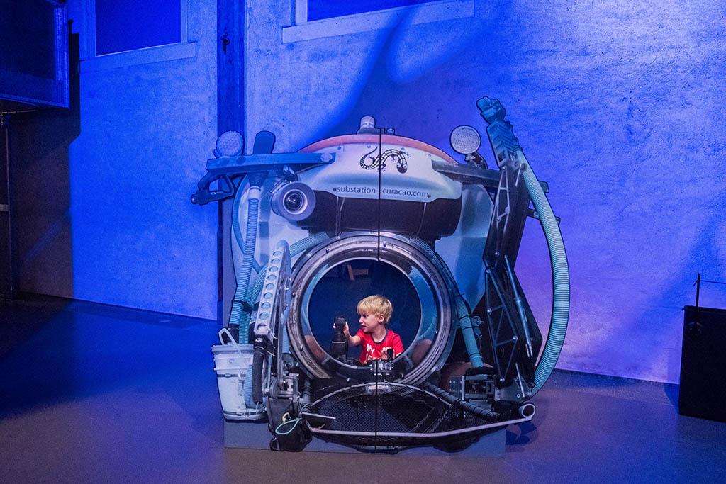 Je kan ook in een onderzoeksduikboot op de foto