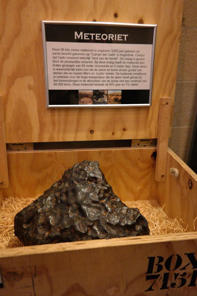 Een enorme meteoriet.
