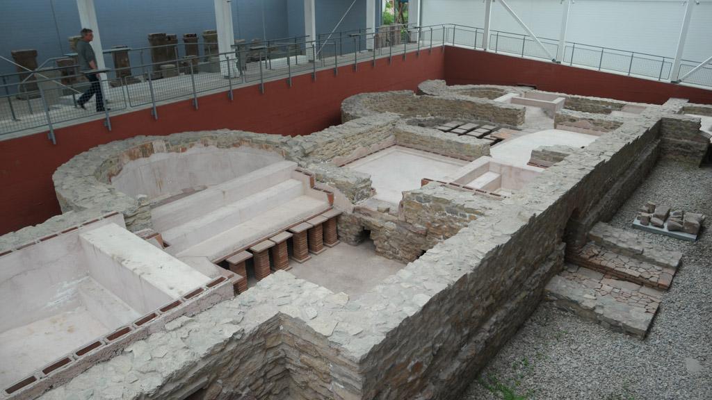 Het Romeinse badhuis.