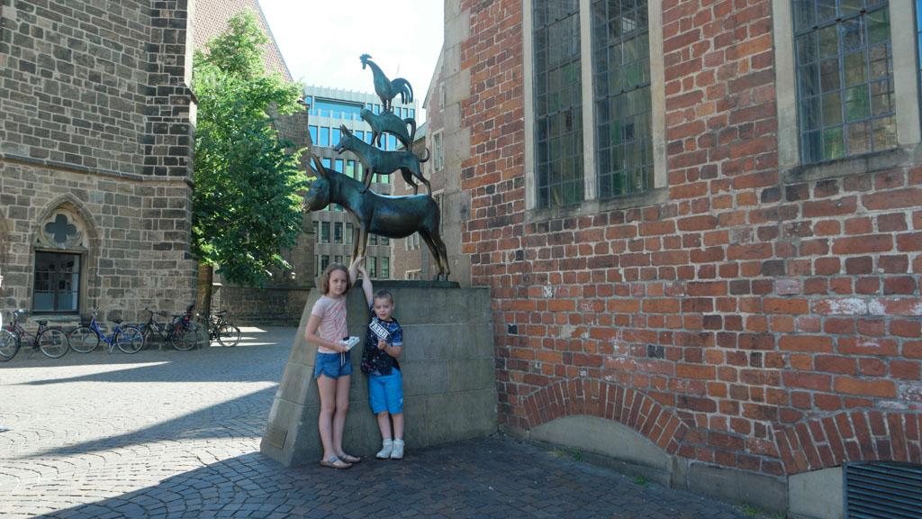 Het beroemde beeld van de Bremer stadsmuzikanten.