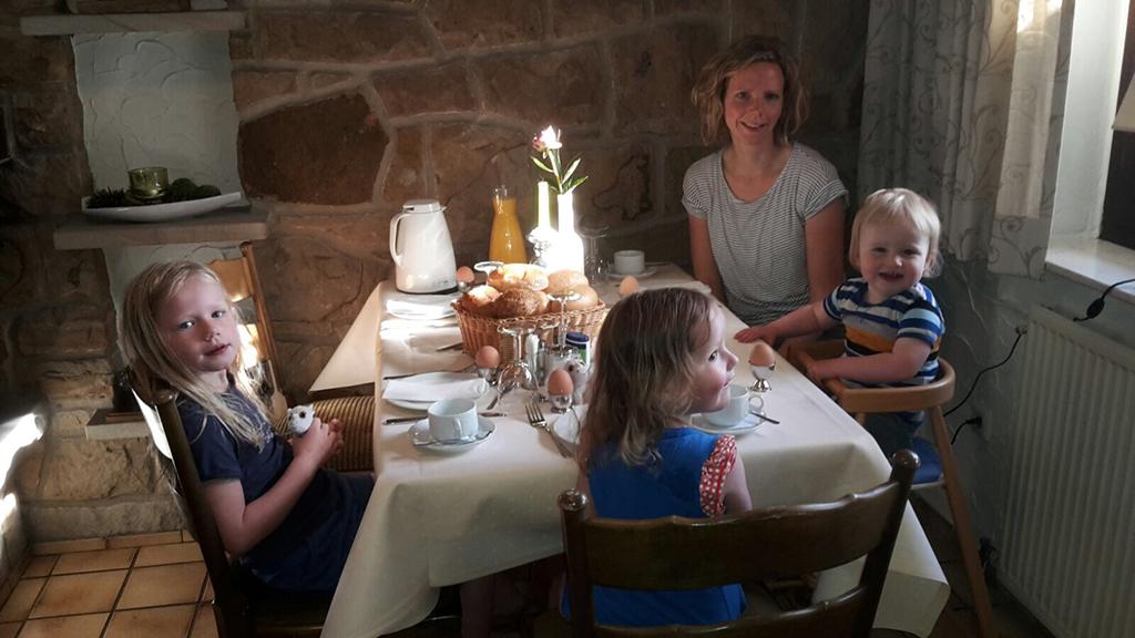We ontbijten één keer in Hotel Dickenberg