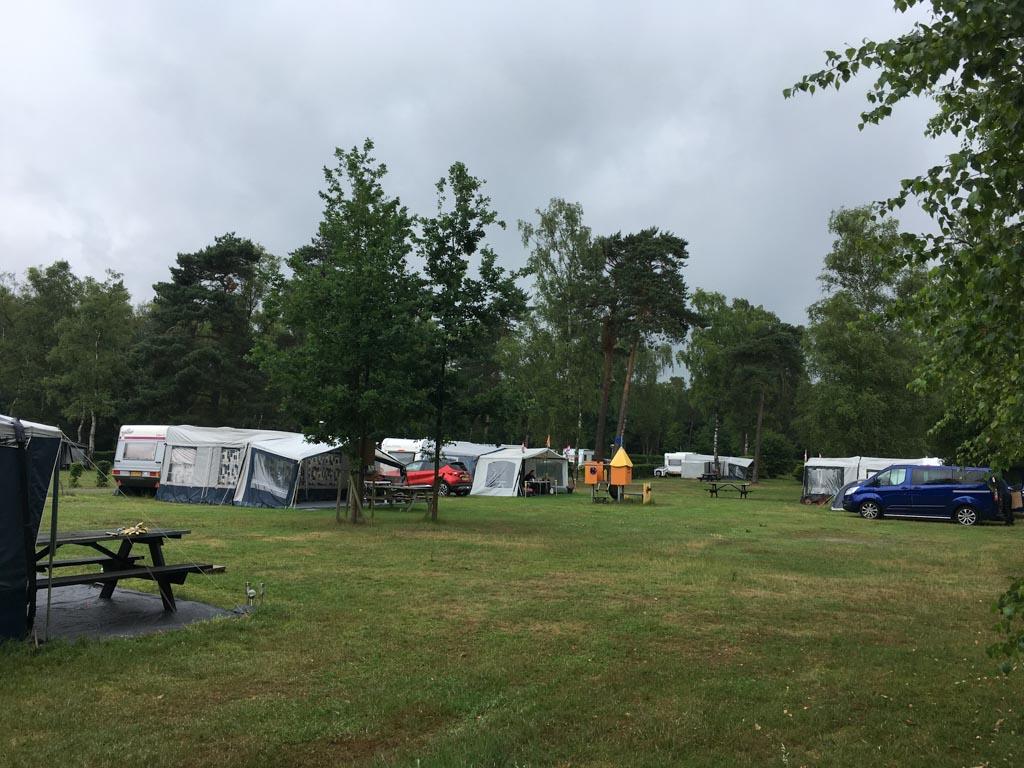 Een plek voor caravans en tenten