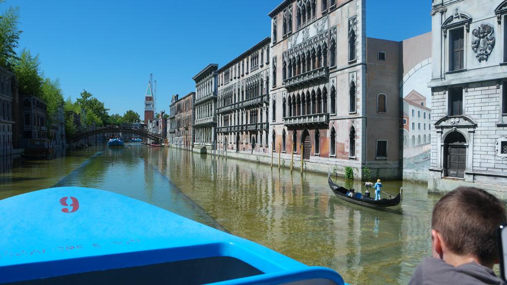 Varend door het Canal Grande van Venetie. Lekker rustig!