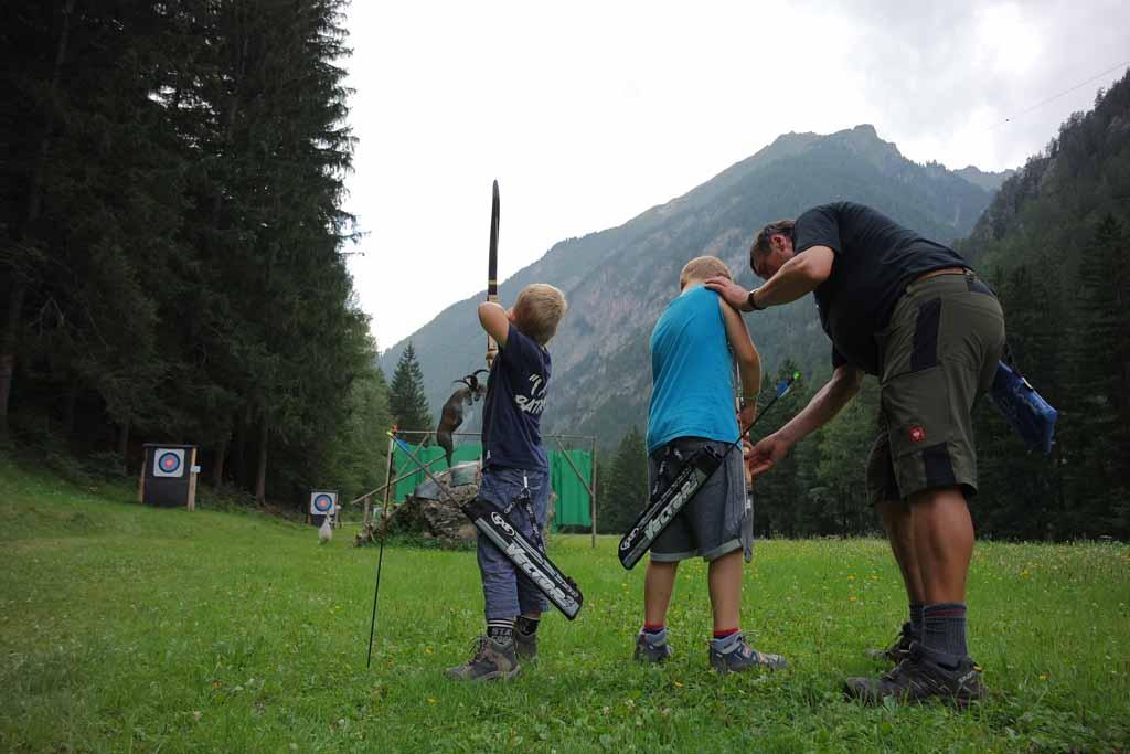 Leren boogschieten met kinderen in Tiroler Oberland