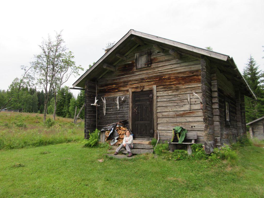 Dit is ons openluchtmuseum huis op de Säter waar we een nachtje mogen slapen.